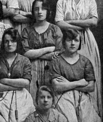 Foto di gruppo con fantasma fabbrica Belfast