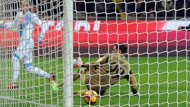 Callejon trafigge Donnaruma sul suo palo in Milan Napoli 1 - 2