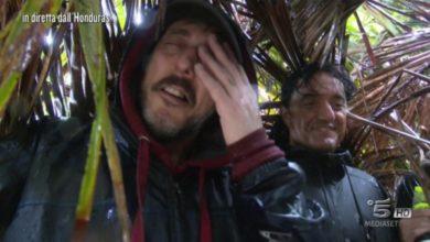 Massimo Ceccherini imita Harrow nella prima puntata dell'Isola Dei Famosi 2017.