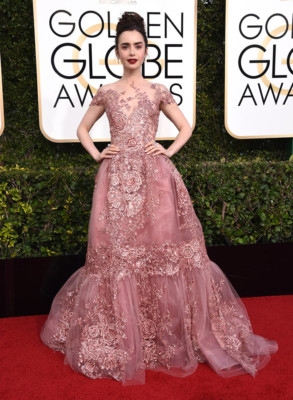 lily collins ai golden globe 2017