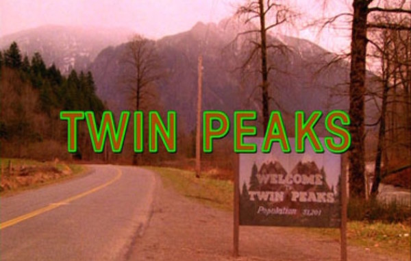 Un logo di Twin Peaks