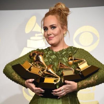 Adele ai Grammy 2017