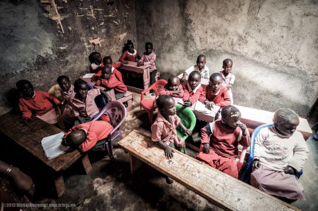 Bambina 10 anni muore maltrattamenti in classe