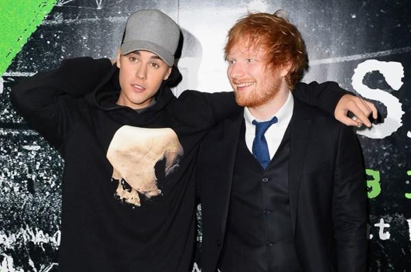 Justin Bieber con Ed Sheeran in foto.