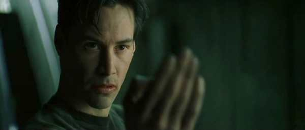 keanu reeves come neo in The Matrix del 1999