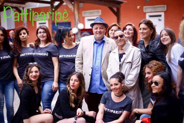 Pippo Scarano nel video di Pattiparipè con Alvaro Vitali.