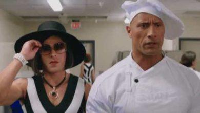 Zac Efron vestito da donna in Baywatch.