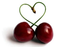 Le ciliegie - cibi velenosi che mangiamo quasi tutti i giorni