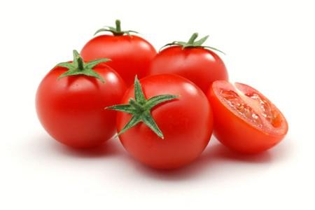 pomodori - cibi velenosi che mangiamo quasi tutti i giorni