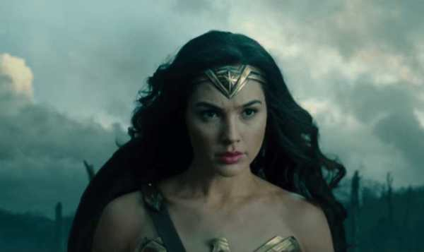 Wonder Woman Recension - Gal Gadot prima guerra mondiale Wonder Woman