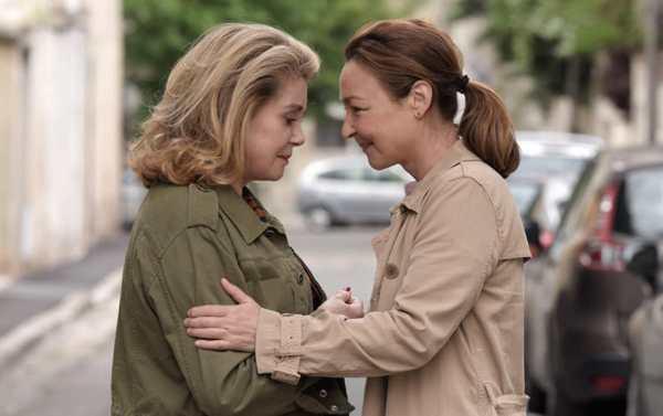 Catherine Frot e Catherine Deneuve in Quello Che So Di Lei film