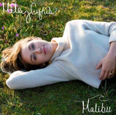 Miley Cyrus Malibu fidanzato Liam Hemsworth