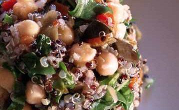 Insalata di Quinoa, ceci e zenzero.