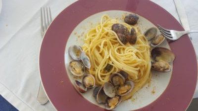 Spaghetti vongole e bottarga all'Hotel Ristorante Il Saraceno Torre Delle Stelle