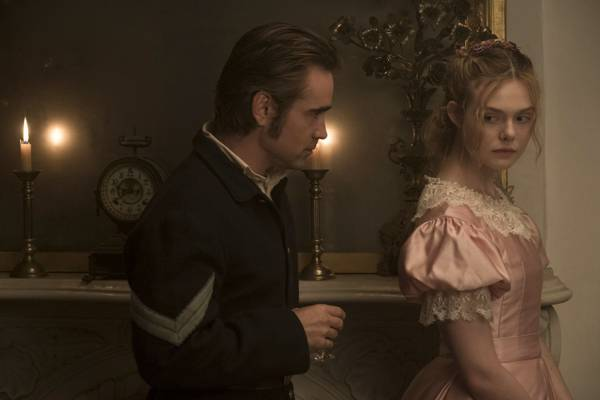 L'Inganno recensione film 2017 - Colin Farrell e Elle Fanning in L'Inganno