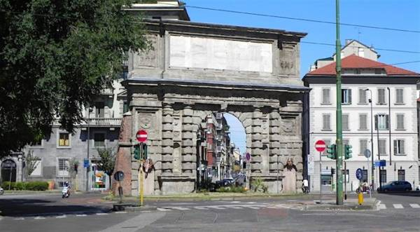 Belle ragazze a Milano - Porta Romana