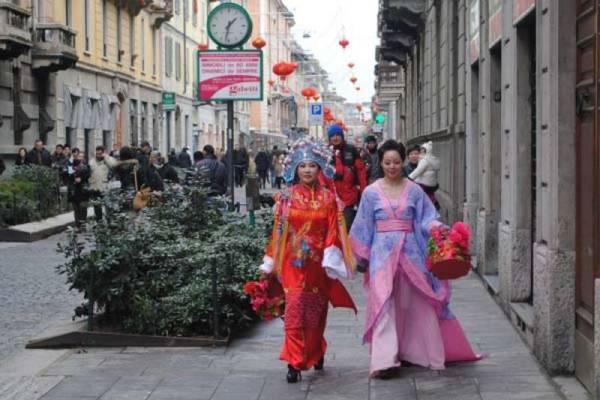 Belle ragazze a Milano - cinesi