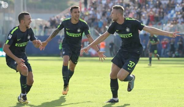 Skriniar esulta dopo il suo goal in Crotone-Inter: 0-2 del 16 settembre. Credits Inter.