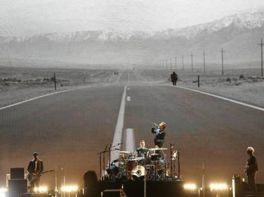 U2 ritardano concerto