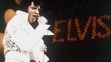 Show Elvis Presley