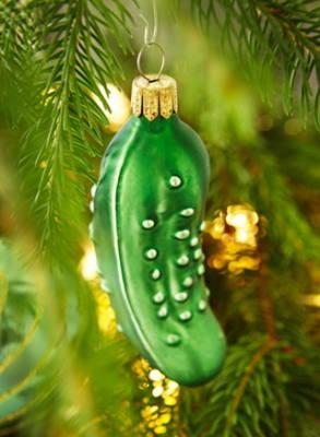 addobbo natalizio a forma di cetriolo