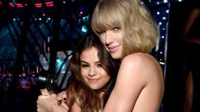 Selena Gomez abbracciata a Taylor Swift