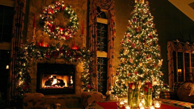 Albero Di Natale Con Decorazioni Blu : Idee decorazioni per l albero di natale wonder channel