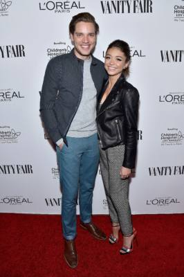 Dominic Sherwood and Sarah Hyland