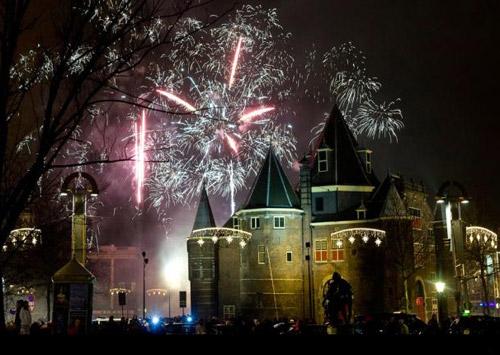 Immagine della zona di Nieuwmark ( Amsterdam) durante Capodanno