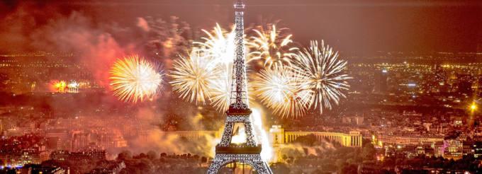Immagine panoramica di Parigi durante Capodanno