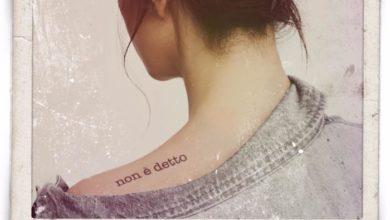 """Copertina del nuovo singolo di Laura Pausini """"Non è detto"""""""