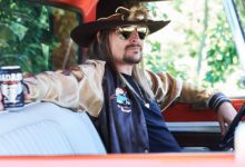 Immagine di Kid Rock in auto