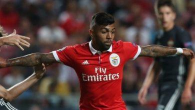Gabigol in azione con la maglia del Benfica.