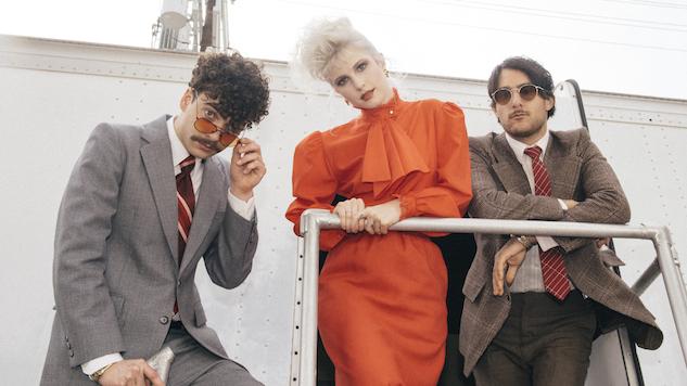 """I Paramore nel video di """"Rose. Colored Boy"""""""