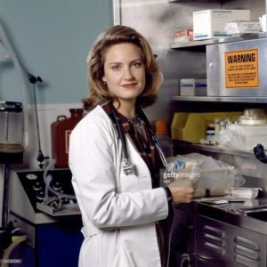 Sherry Stringfield in medici in prima linea
