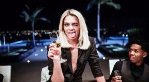 Louisa Yes foto Video Musicale