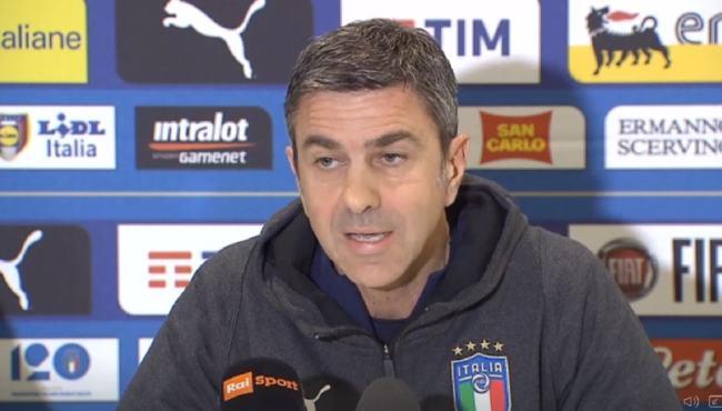 Alessandro Costacurta, vice commissario della FIGC, durante la conferenza stampa del 24 marzo, a Manchester.
