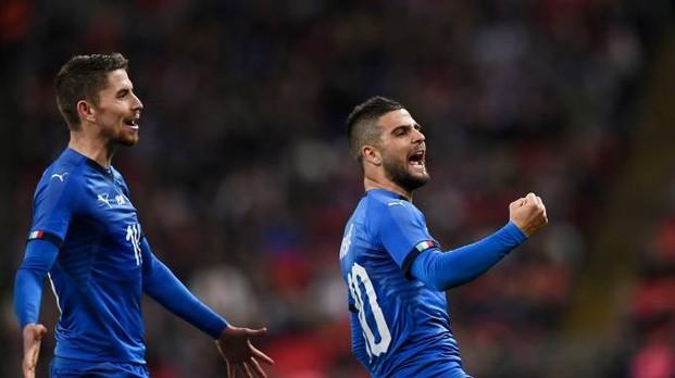 Insigne esulta dopo il gol del pareggio siglato contro l'Inghilterra, il 27 marzo