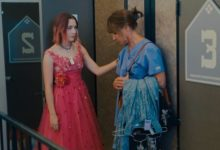 Foto Laurie Metcalf e Saoirse Ronan in Lady Bird