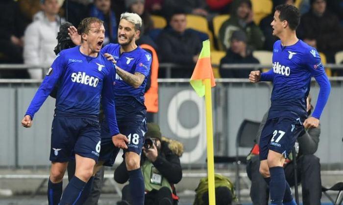 Lucas Leiva esulta dopo la rete siglata contro la Dinamo Kiev, il 15 marzo.