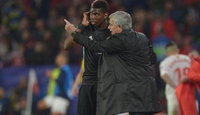 Mourinho a colloquio con Pogba.