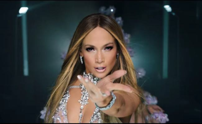 Jennifer Lopez El Anillo Video Musicale Foto