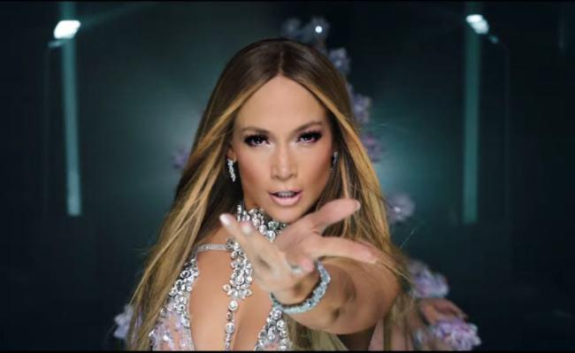 Jennifer Lopez El Anillo Video Musicale Foto