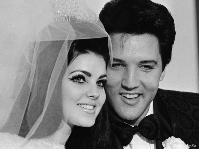 Elvis Presley si è suicidato
