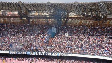 Curva B dello stadio San Paolo, cuore pulsante del tifo partenopeo