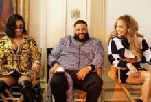 "Cardi B, DJ Khaled e Jennifer Lopez in una scena del video di ""Dinero"""