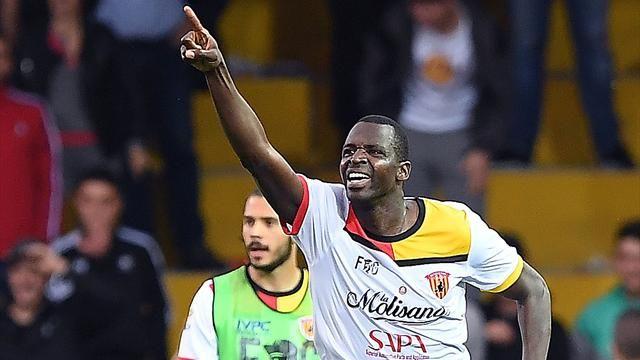 Diabaté esulta dopo il gol decisivo messo a segno contro il Genoa, il 12 maggio