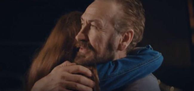 """Marco Giallini nel video di """"Due Destini"""""""