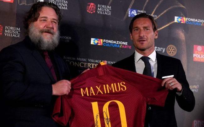 Russell Crowe e Francesco Totti red carpet gladiator