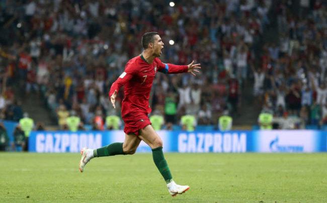 Cristiano Ronaldo autore di una tripletta sontuosa contro la Spagna.